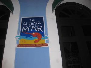 Puerto Rico - La Cueva Del Mar